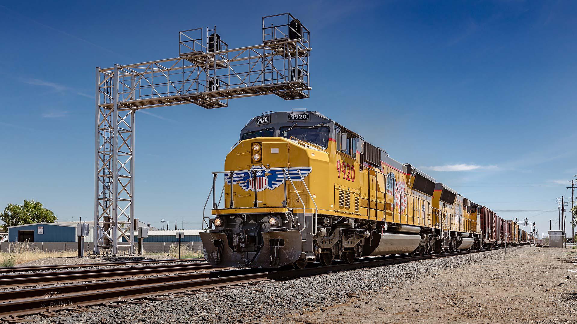 cargo_train
